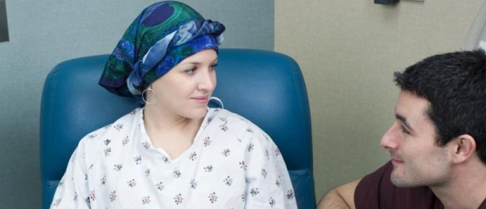 Pacientii neoplazici din Romania vin prea tarziu la control